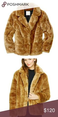 Faux fur coat Authentic looking, high quality, luxurious feel, nice details. Aritzia Jackets & Coats