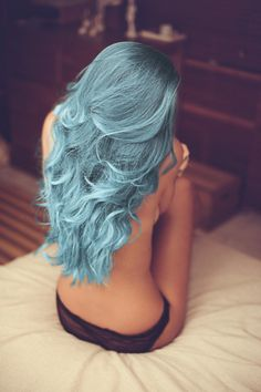 long hair, blue hair