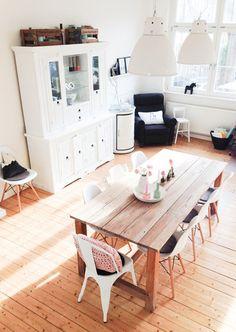 Mesa de cocina (más pequeña)