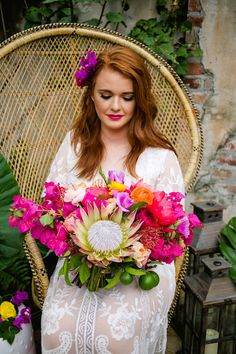 HOLD ON TO THE LAST DAYS OF SUMMER WITH THIS TROPICAL KATE SPADE INSPIRED BRIDAL SHOWER Vintage Bridal Bouquet, Bridal Flowers, Wedding Bouquets, Protea Wedding, Disney Bridal Showers, Tropical Bridal Showers, Tropical Party, Floral Wedding, Wedding Colors