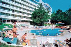 VIND REJSER: Hotel Perla er skønt beliggende i parklignende omgivelser ved Bulgariens dejlige superstrand - Golden Sands. Området på Sortehavskysten er blandt andet kendt for sit gyldne kvartssand. Det er her, man tager hen, hvis man elsker sol, sommer og strand - til rimelige priser. #ferie #rejser #konkurrence