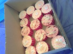 Beautiful pink butterfly- pink icing cupcakes