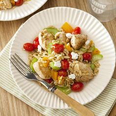 This Warm Chicken Orzo Salad is full of fresh vegetables and whole grains. #protein #wholegrain #myplate