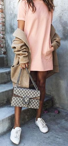 The best sneaker outfits for fashion girls