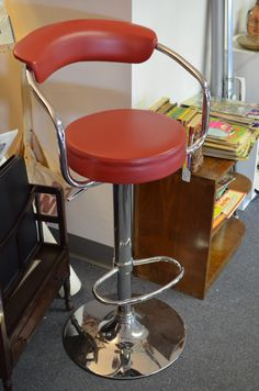 Stool Barber Chair, Mall, Stool, Antiques, Awesome, Furniture, Home Decor, Homemade Home Decor, Antiquities