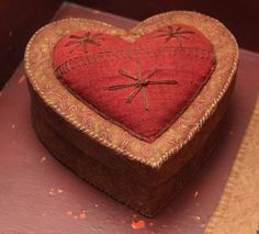 Jeanette McVay brown/red heart shaped box