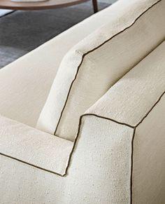 Interior Design Inspiration, Decor Interior Design, Room Inspiration, Furniture Design, Interior Decorating, Ottoman Sofa, Chaise Sofa, Vienna Hotel, Material Design