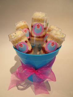 Original Jam And Cream Push Cake Party Pack cakepins.com