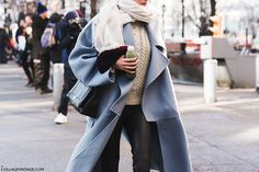 New_York_Fashion_Week-Fall_Winter_2015-Street_Style-NYFW-Blue_Coat-Leather_Trousers-