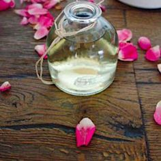 This highly scented and effective rose oil is a must have item in your household. Our DIY rose infused oil goes a little bit further with ultra rich grape seed oil and petals from Rose Damascena. Uses For Rose Water, Uses Of Rose, Making Rose Water, Rose Oil For Skin, Oils For Skin, How To Make Rose, Sugar Scrub Homemade, Diy Scrub, Rose Essential Oil