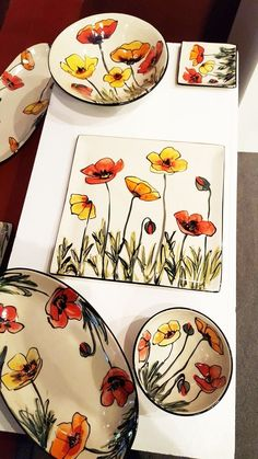 Para hacer con cuerda seca click now to see Amazing Pottery Painting Ideas To Try This Season - Free JupiterIdeas for painting porcelain Pottery Painting Designs, Pottery Designs, Paint Designs, Pottery Plates, Ceramic Pottery, Pottery Art, Painted Pottery, China Painting, Ceramic Painting
