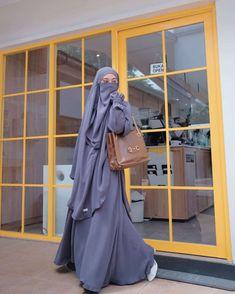 Modest Fashion Hijab, Modern Hijab Fashion, Modesty Fashion, Hijab Fashion Inspiration, Muslim Fashion, Niqab, Islamic Girl Images, Hijab Fashionista, Stylish Dresses For Girls