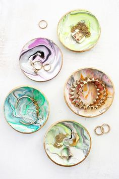 DIY Marbled Polymer Clay Dish Tutorial from A Beautiful Mess.If you can…