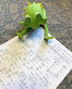 When i see NM test & lab question😢 Funny Kermit Memes, Cartoon Memes, Funny Relatable Memes, Sapo Kermit, Reaction Pictures, Funny Pictures, Sapo Meme, Math Memes, Cute Love Memes