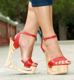 Share, rate and discuss pictures of Anna Dreamfeet's feet on wikiFeet - the most comprehensive celebrity feet database to ever have existed. Strappy High Heels, Sexy Sandals, Sexy Heels, Wedge Heels, Shoes Heels, Red Shoes, Stilettos, Beautiful High Heels, Gorgeous Feet