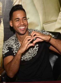 Romeo<3 Romeo Santos, Latin Artists, Latin Music, Love You, My Love, Music Love, Haha, Eye Candy, Daddy