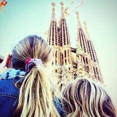 Hoy haciendo de guía turístico con mis rubias preferidas! #barcelona  #barcelonacity #sagradafamilia #barcelovers #followme