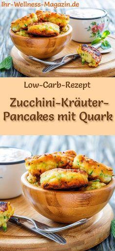 Low-Carb-Rezept für Zucchini-Kräuter-Pancakes mit Quark: Kohlenhydratarme, herzhafte Pfannkuchen - gesund, kalorienreduziert, ohne Getreidemehl #lowcarb #pancakes #pfannkuchen #quark #zucchini