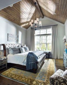 Modern farmhouse style combines the traditional with the new makes any space super cozy. Discover best rustic farmhouse bedroom decor ideas and design tips. Vaulted Ceiling Bedroom, Chandelier Bedroom, Vaulted Ceilings, Bedroom Lighting, Ceiling Windows, Cathedral Ceiling Bedroom, Cathedral Ceilings, Farmhouse Chandelier, Bedside Lighting