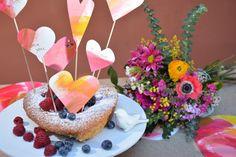 Hoje vou festejar com os meus 4 amores o dia de São Valentim. Para a sobremesa vou fazer um bolo de framboesas. Fica aqui a receita. Ingredientes Farinha Integral 80g. Açúcar 150g. Amêndoas em picadas 100g Claras 4 Manteiga derretida 150g Fermento Framboes...