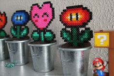 Mario fleurs petits pots perles power up Hama Mario, Diy Fleur, Iron Beads, Arcade, Up, Pots, Decoration, Hama Beads, Quirky Gifts