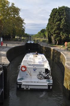 Le Vision, navigation sur le Canal du Midi