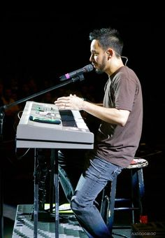 mike shinoda sexy little thing