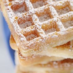 Gaufres de Bruxelles, real Belgian Waffles with yeast Concession Stand Food, Belgian Waffles, Pancakes And Waffles, Waffle Recipes, Everyday Food, Love Food, Sweet Recipes, Breakfast Recipes, Food And Drink