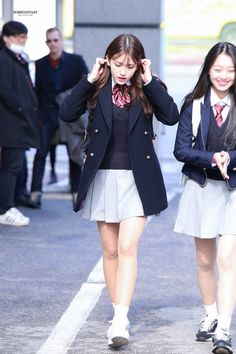 South Korean Girls, Korean Girl Groups, Taeyeon Fashion, Women's Fashion, Wonder Girls Members, School Uniform Outfits, Ulzzang Hair, Cute Girl Dresses, Jeon Somi
