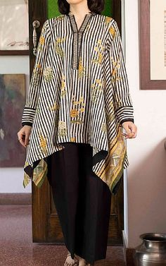 Bell Sleeves, Bell Sleeve Top, Lawn Suits, Famous Brands, Black Cotton, Kurti, Sapphire, Kimono Top, Clothes