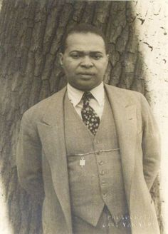 "Poet Countee Cullen   March 28, 1925 Poet Countee Cullen wins Phi Beta Kappa honors at New York University.  Countee Cullen (May 30, 1903 – January 9, 1946) was an African-American poet who was a leading figure in the Harlem Renaissance. (He pronounced his name ""Coun-tay,"" not ""Coun-tee"