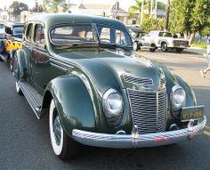 Chrysler Airflow Sedan - 1935