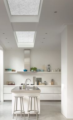 Contemporary all white kitchen inspiration. White home decor ideas. Modern kitchen home decor. Skylight Blinds, Window Blinds, Skylights, White Kitchen Inspiration, Beautiful Blinds, White Blinds, Modern Windows, Modern Blinds, Kitchen Blinds