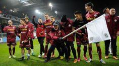 01h45 ngày 31/07, PSV Eindhoven vs Zulte-Waregem: Thực tại phũ phàng