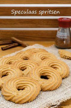 Dutch Recipes, Baking Recipes, Cookie Recipes, Snack Recipes, Cake Cookies, Cupcake Cakes, Cupcakes, Biscuits, Cookie Crumbs