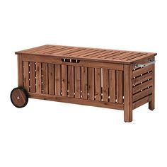 ÄPPLARÖ Panca con vano contenitore IKEA Ideale per riporre i cuscini e gli altri accessori per esterni.