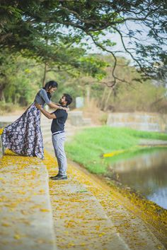 "Anuj Chheda ""Portfolio"" Love Story Shot - Bride and Groom in a Nice Outfits. Best Locations WeddingNet #weddingnet #indianwedding #lovestory #photoshoot #inspiration #couple #love #destination #location #lovely #places"