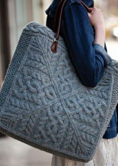 Conterpane cables make up the sides of this oversized knitted tote. The bag features a dense knit in a blend of llama/wool yarn, great structure, a fabric lining and leather handles, making it perfect for carrying large and heavy objects. Old Sweater, Cable Sweater, Cable Knit, Wool Sweaters, Knitting Projects, Knitting Patterns, Purse Patterns, Knitting Ideas, Diy Sac