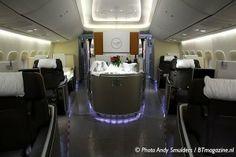 http://www.btmagazine.nl/wp-content/uploads/2012/06/20120531146-Lufthansa-Boeing-747-8-First-Class1-300x200.jpg