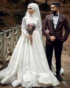 Dazzling Wedding Dresses The Latest Trends And Ideas. Spectacular Wedding Dresses The Latest Trends And Ideas. Muslimah Wedding Dress, Muslim Wedding Dresses, Muslim Brides, Wedding Suits, Bridal Dresses, Wedding Couples, Bridesmaid Dresses, Dress Wedding, Wedding Hijab Styles