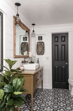 Dream bathrooms 404901822748329972 - Farmhouse Bathroom Makeover inspirations Source by ninaonecstasy Small Bathroom Vanities, Bathroom Renos, Budget Bathroom, Basement Bathroom, Bathroom Renovations, Bathroom Interior, Bathroom Ideas, Bathroom Makeovers, Bathroom Organization