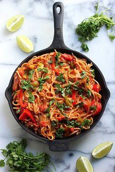 skinny one pan veggie fajita pasta