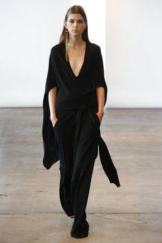 Donna Karan Resort 2014 - Slideshow... love everything, styling, hair, makeup and of course, the clothes.