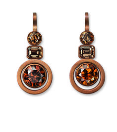 Hemmerle earrings with various colored diamonds set in rosé gold and patinated copper Photo courtesy of Hemmerle
