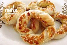 Milföy Simitleri (Kahvaltıya Beş Çayına ) Tarifi Turkish Recipes, Ethnic Recipes, Onion Rings, Baking Recipes, Shrimp, Brunch, Food And Drink, Pizza, Meat