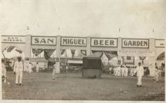 San Miguel Beer Garden at the Manila Carnival. San Miguel Beer, Subic Bay, Manila Philippines, Beer Garden, Pinoy, Vintage Pictures, Carnival, History, Street