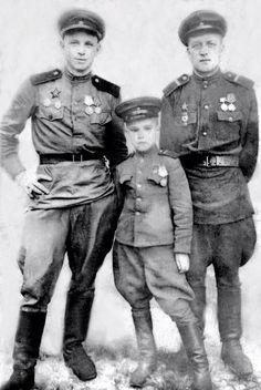 Сын полка - Маленький Герой .