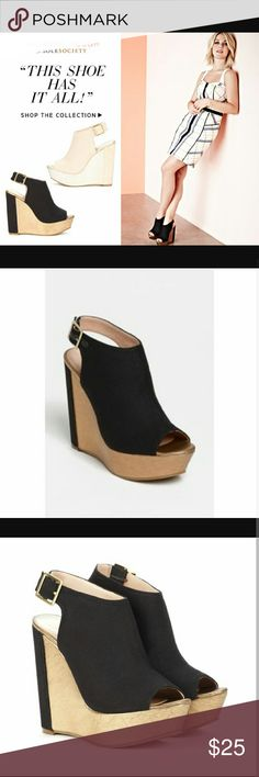 Black & gold Sole Society Wedge by Julianne Hough Dramatic black and gold sole society wedge by julianne hough, new with box, worn once. 7m. Sole Society Shoes Wedges