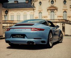 Stunning 991.2 Targa 4S Special Edition. It is on my shopping list.