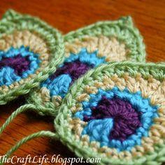 Crochet Peacock Applique Free Pattern